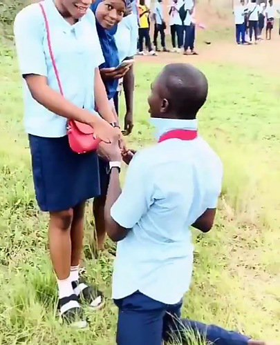 SS3 Student excited as her school boyfriend proposed to her after their WAEC exams (Video)