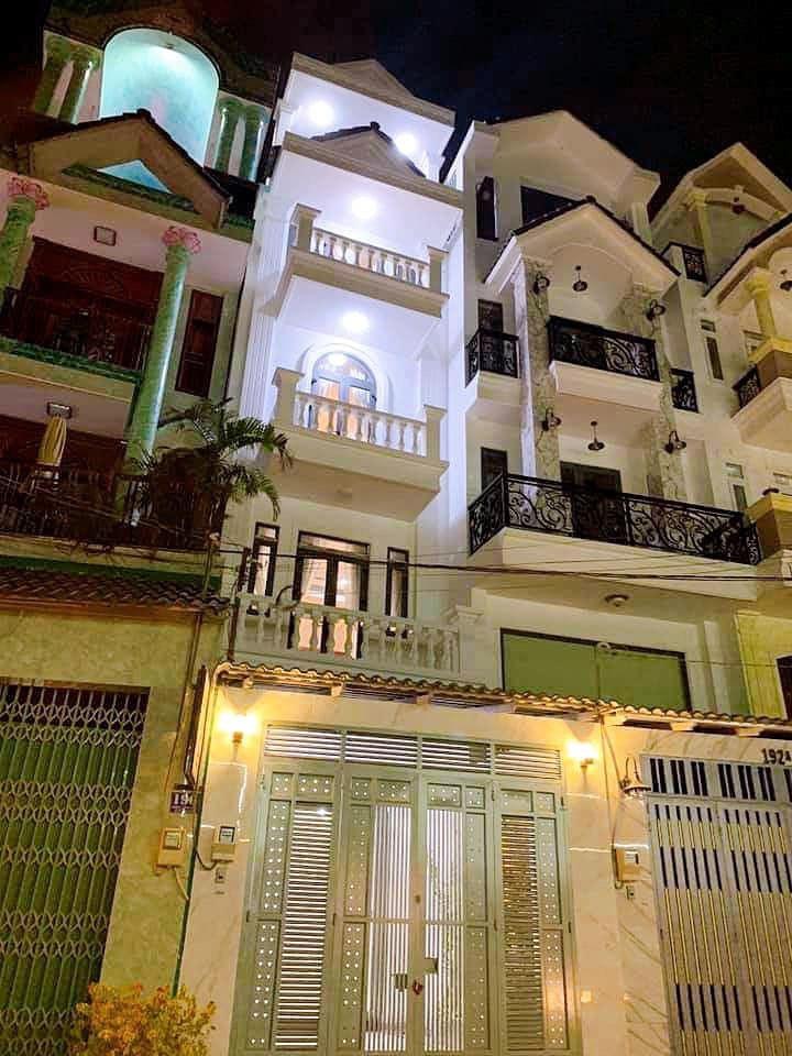 Bán nhà Mặt tiền đường số 4 phường 16 quận Gò Vấp. Dt 4x22m, 4 lầu