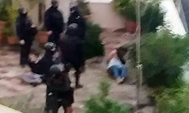 «Τέρατα» από τα ΜΑΤ του Χρυσοχοΐδη στο Κουκάκι: «Είδα να πατούν τον γιο μου στο κεφάλι» – VIDEO & ΦΩΤΟ