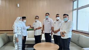 H.Waris Tholib Terima SK Pelaksana Tugas Wali Kota Tanjungbalai