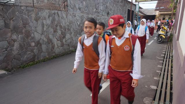 Kemendikbud: Daerah Zona Merah dan Kuning Tidak Boleh Menyelenggarakan Pembelajaran Tatap Muka