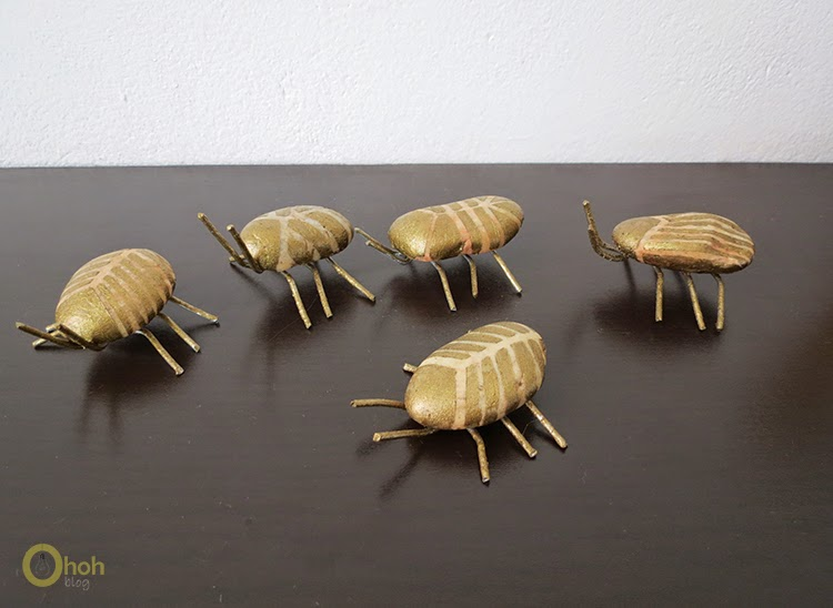 How to make beetle bugs with pebbles