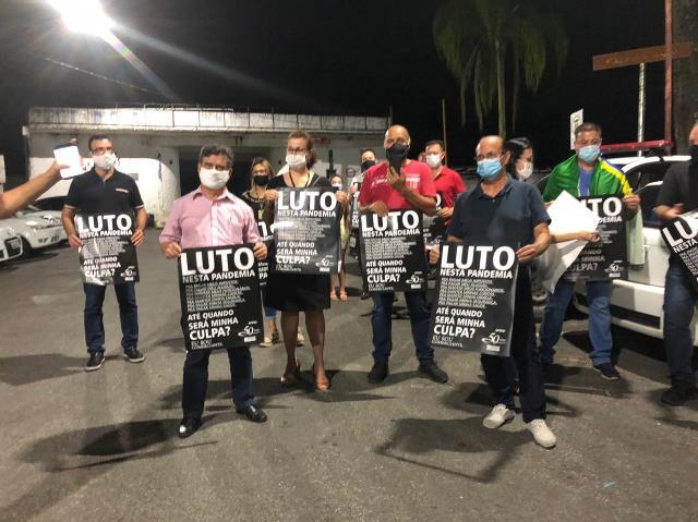 ACIAR lidera protesto contra fechamento do comércio em Registro-SP