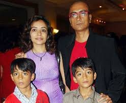 Amit Bhatt Family Wife Son Daughter Father Mother Age Height Biography Profile Wedding Photos