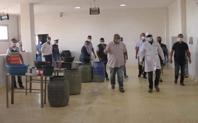 Saisie de grandes quantités d'aliments avariés en vente dans la ville de Berkane.
