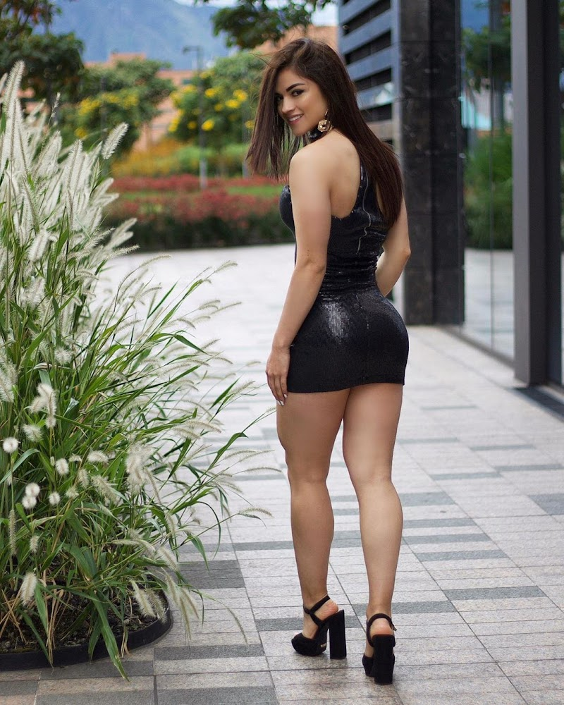 Valentina Garzón Social Media Clicks | Celebrity Photos Daily