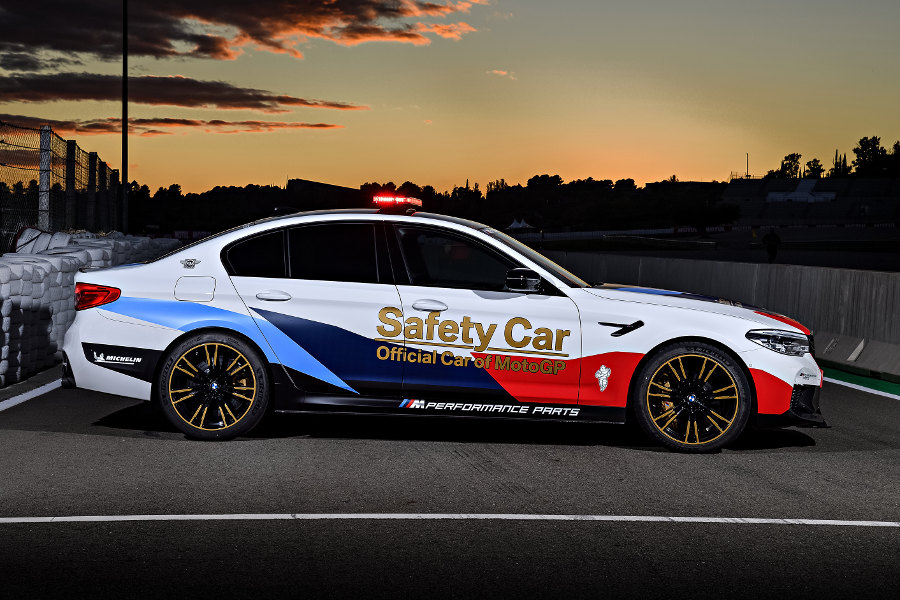 2018\u0027s bmw m5 motogp safety car revealed autoesquebmw m5 motogp safety car (2018) side