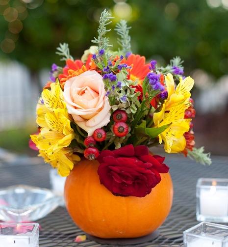Fall+autumn+wedding+orange+red+halloween+pumpkin+hallows+eve+bride+groom+black+bridesmaids+dresses+orange+burnt+leaves+leaf+centerpieces+Alisha+Crossley+Photography+14 - The Bewitching Hour