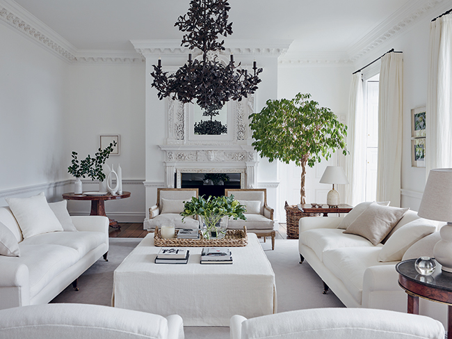 For the love of white- Chrissie Rucker's amazing house in the English countryside