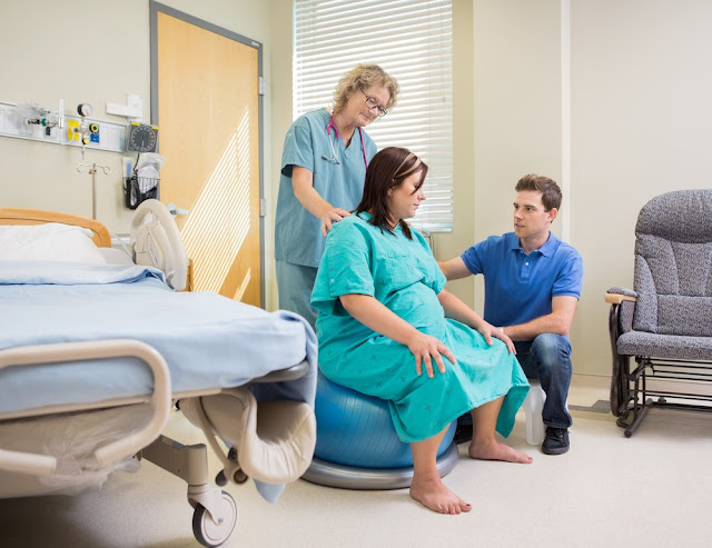 pregnant women, doctor, hospital