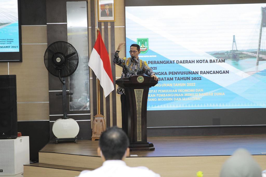 Wakil Walikota Batam Membuka Forum Perangkat Daerah Kota Batam Dalam Rangka Mnyusun Renja Tahun 2021