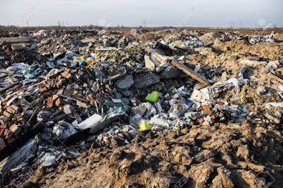 Rác thải sinh hoạt gây ô nhiễm môi trường đất
