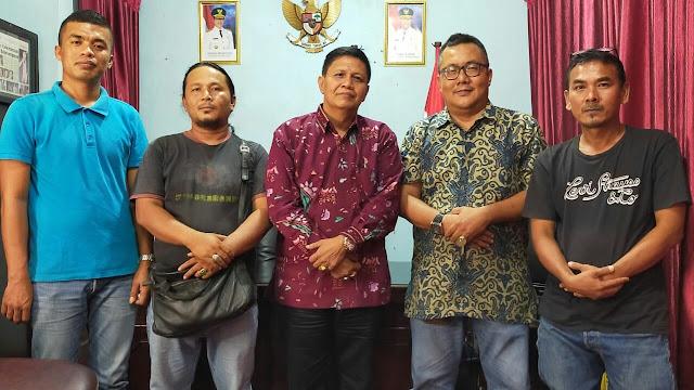 Irwan Basir Apresiasi Komunitas Batu Akik Padang Gemstone Sakato