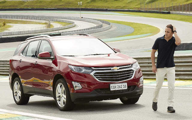 Felipe Massa pilota GM Equinox em Interlagos