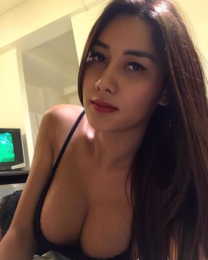 Pictures ladyboy Inside the