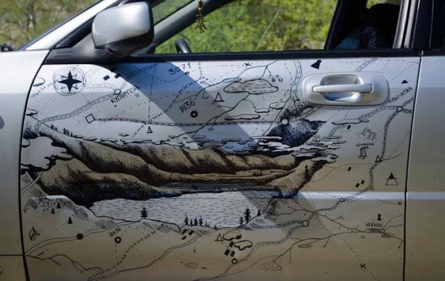 Cómo convertir un abolladura del coche en una obra de arte