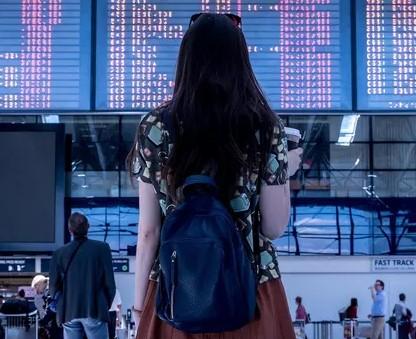 Milenial Condong Spontan dalam Traveling