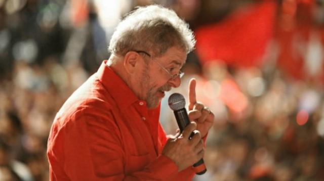 Com Lula no páreo, ou Bolsonaro mudar ou será enquadrado pelo petista antes de 2022