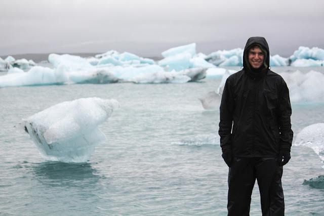 Alberto frente a los icebergs