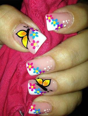 Imágenes de decoracion de uñas con mariposas