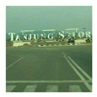 """Landmark Huruf Balok """"Tanjung Selor"""" Mirip Pantai Losari Makasar"""