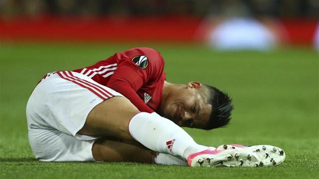 El defensa de la selección de Argentina, Marcos Rojo se perderá el resto de la eliminatoria Conmebol Rusia 2018 tras una lesión