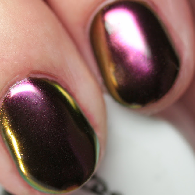Girly Bits Cosmetics SFX Multi-Chrome Powder Conjure over black gel
