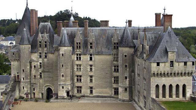 castelul langeais valea loarei franta