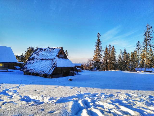 Gubałówka zimą, widok na góry i okolicę, Tatry
