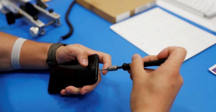 Parlamento Europeo vota a favor de facilitar a los consumidores el derecho a reparar dispositivos electrónicos
