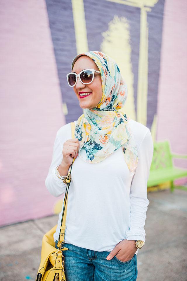 Bmore Licks-Summer Fashion-M. Gemi The Treccia-Yellow bag-Jeans and Tee-Modest Fashion-HIjabi-Baltimore