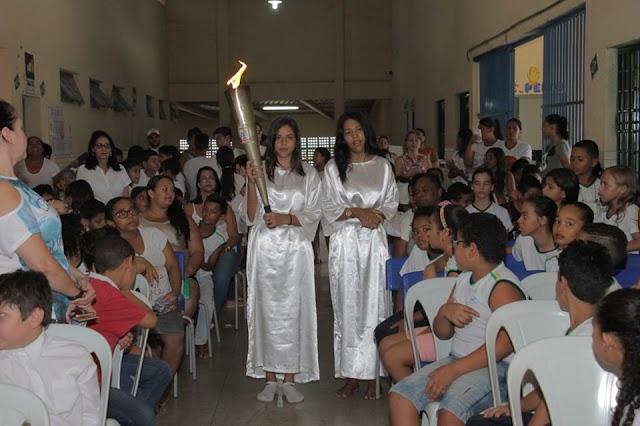 Senador Canedo: Tocha da Paz encerra seu percurso nas escolas