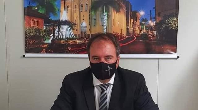 O silêncio irresponsável da Câmara de Itapetinga após vereador Luciano Almeida contrai a covid-19