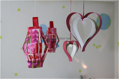 Valentine decoration using wrapping paper and paper scraps