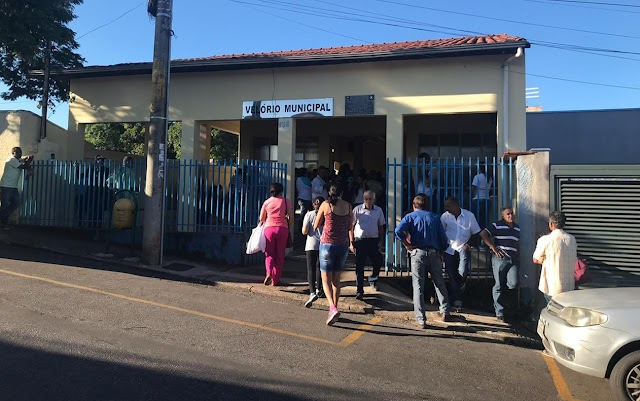 Tragédia: Famílias fazem velório de vítimas em Brumadinho