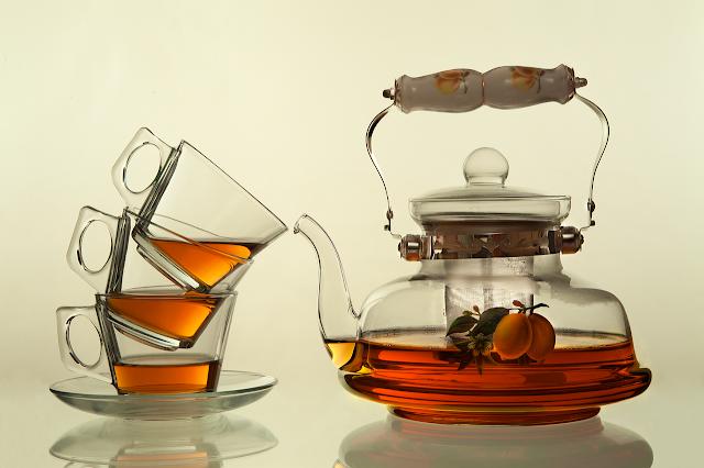 Drinking-Tea-Can-improves-Health-of-Brain