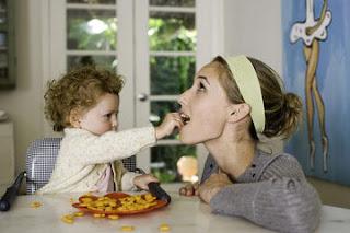 12 Makanan Sehat dan Bergizi Untuk Ibu Menyusui