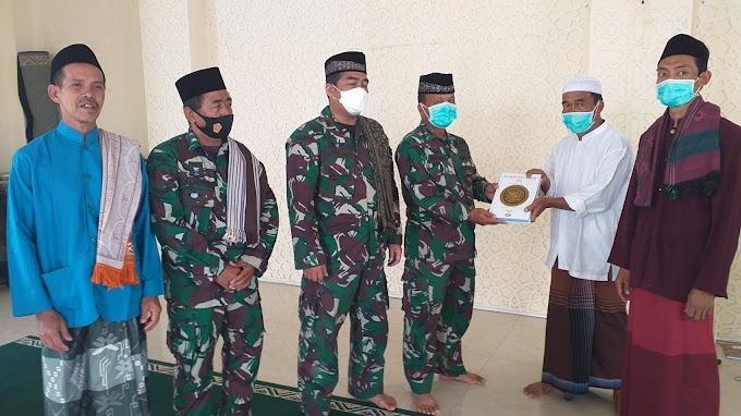 Satgas TMMD Ke-112 Tahun 2021 Wakafkan 10 Al-Quran