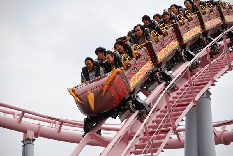 Vanish Roller Coaster | Cosmo Land Amusement Park, Yokohama, Japan