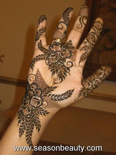 Mehndi Rose Tattoo : Stunning rose mehndi designs for all occasions bling