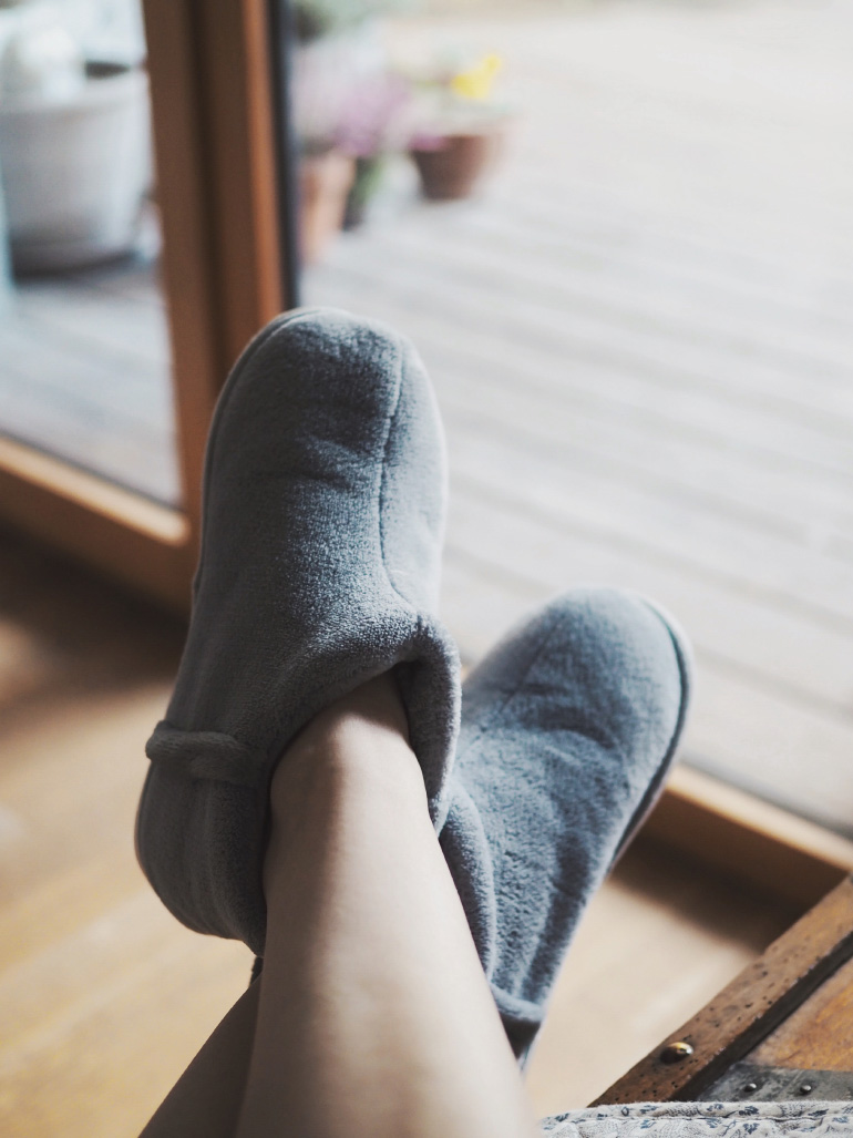 Moment cocooning et chaussons douillets
