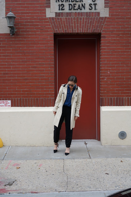 How to wear a classic trench coat, classic trench coats for fall