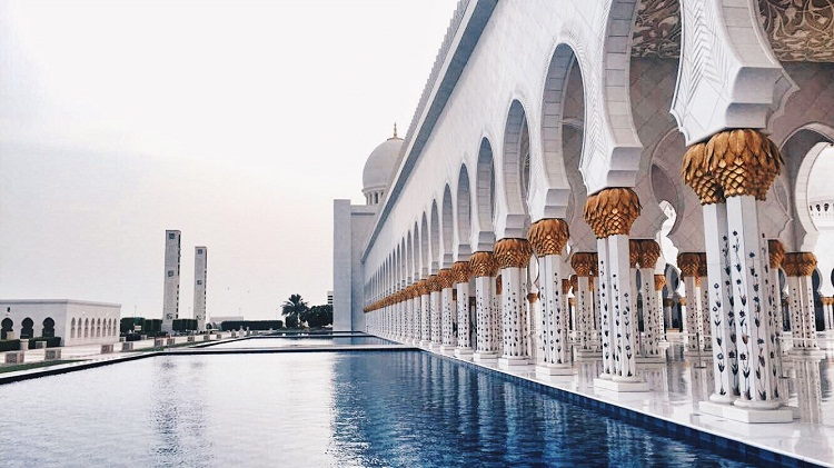 Sheik Zayed Grand Mosque - Grand Mosque - Abu Dhabi - UAE - When In UAE - Travel - Female Traveler
