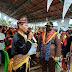 Dekat Dengan Masyarakat, Kejari Halbar Diberi Gelar Adat Oleh Suku Sahu Jio Talai Padusua