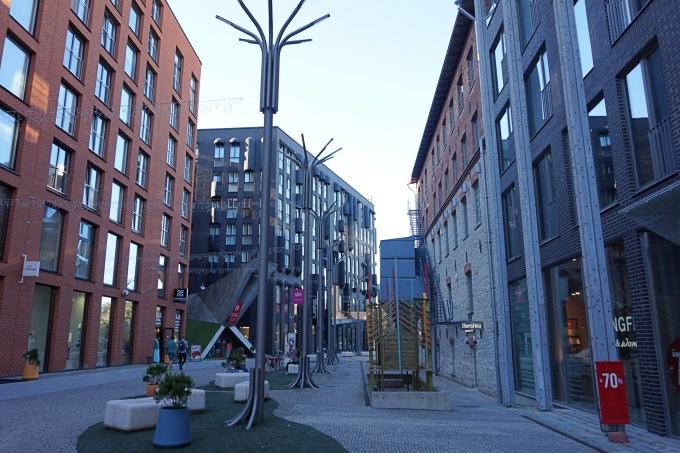Rotermann City - hyvä alue Tallinnan keskustassa ja paljon ravintoloita ja terasseja