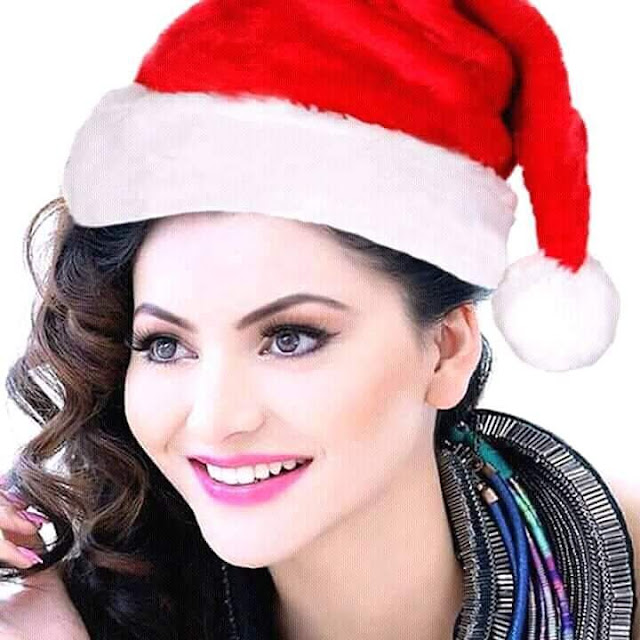 Bollywood Actress Urvashi Rautela in Christmas Spirits  IMAGES, GIF, ANIMATED GIF, WALLPAPER, STICKER FOR WHATSAPP & FACEBOOK