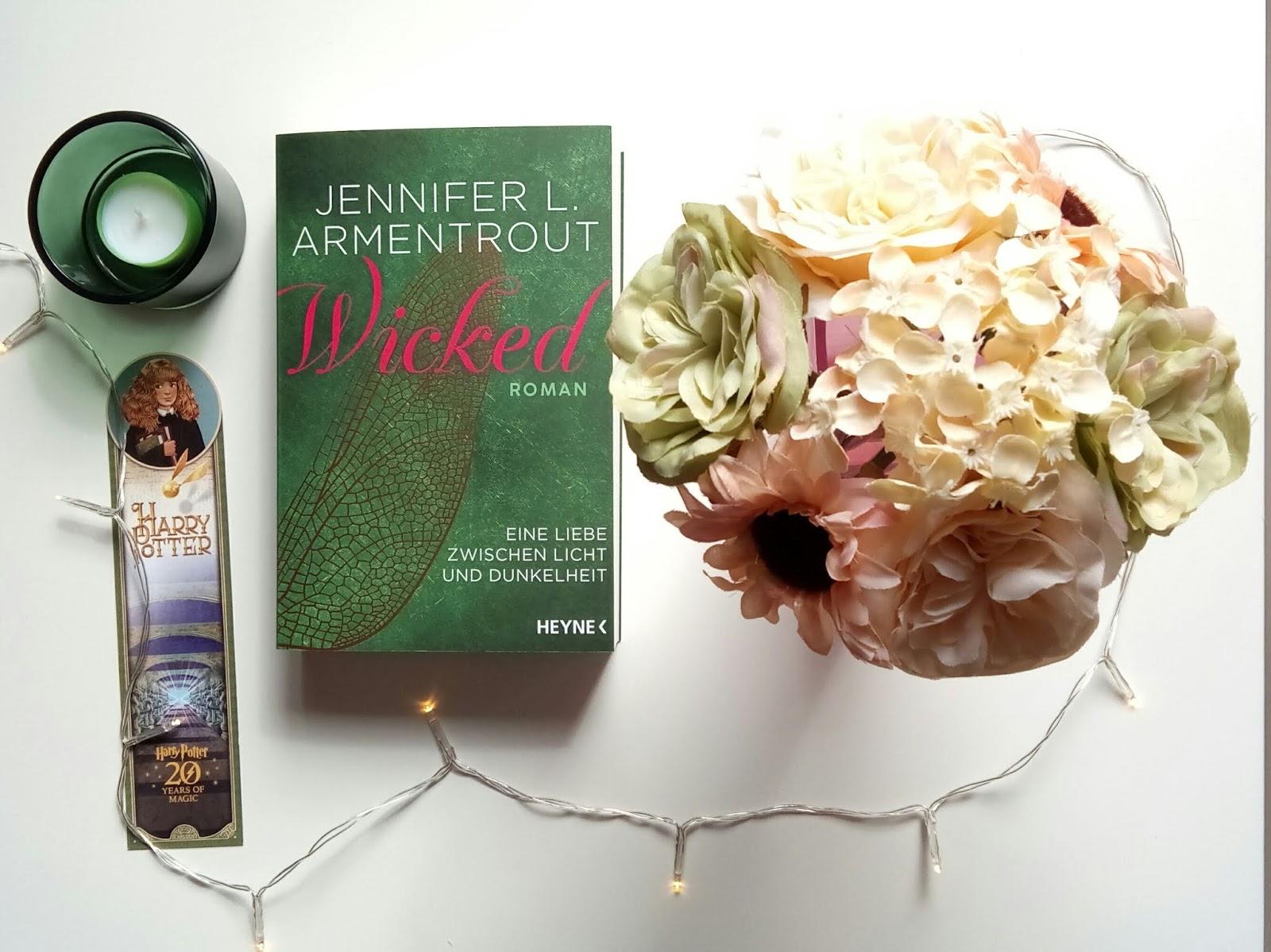 {Rezension} Wicked - Eine Liebe zwischen Licht und Dunkelheit | Jennifer L. Armentrout