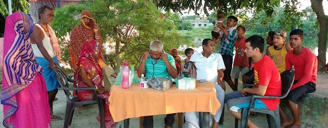 बरहा में संस्था ने लगाए निःशुल्क मेडिकल कैम्प
