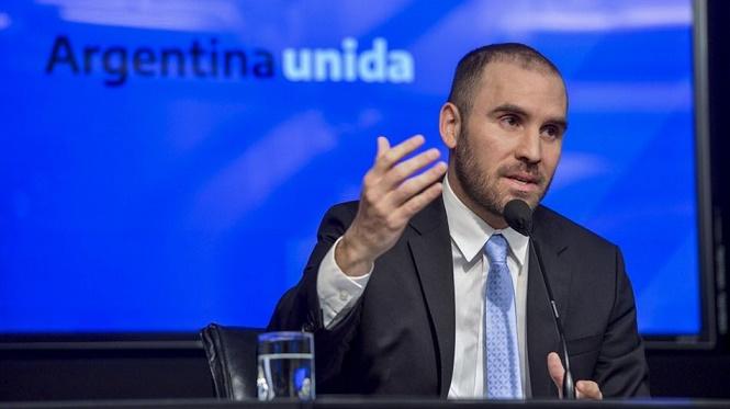 El ministro de Economía aseguró que desde este mes bajará la inflación interanual