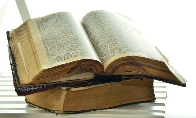 Primeira Reis ou primeiro livro de Reis???